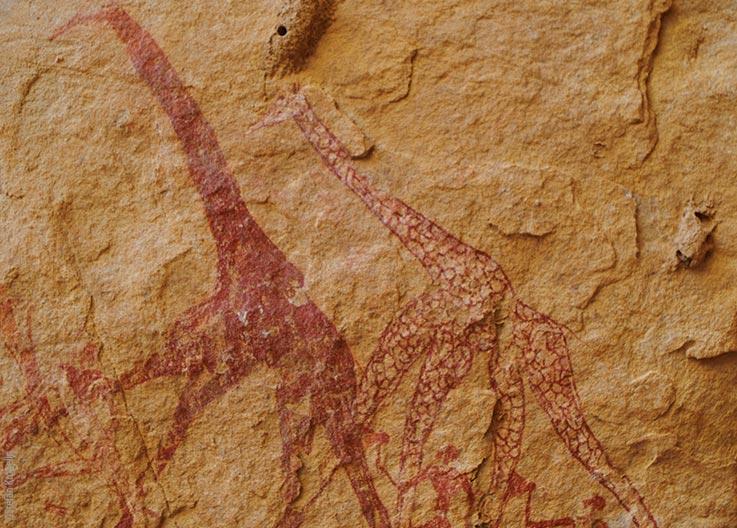Das Ennedi Massiv, prähistorische Felszeichnungen von Giraffen und Menschen, Explore Chad